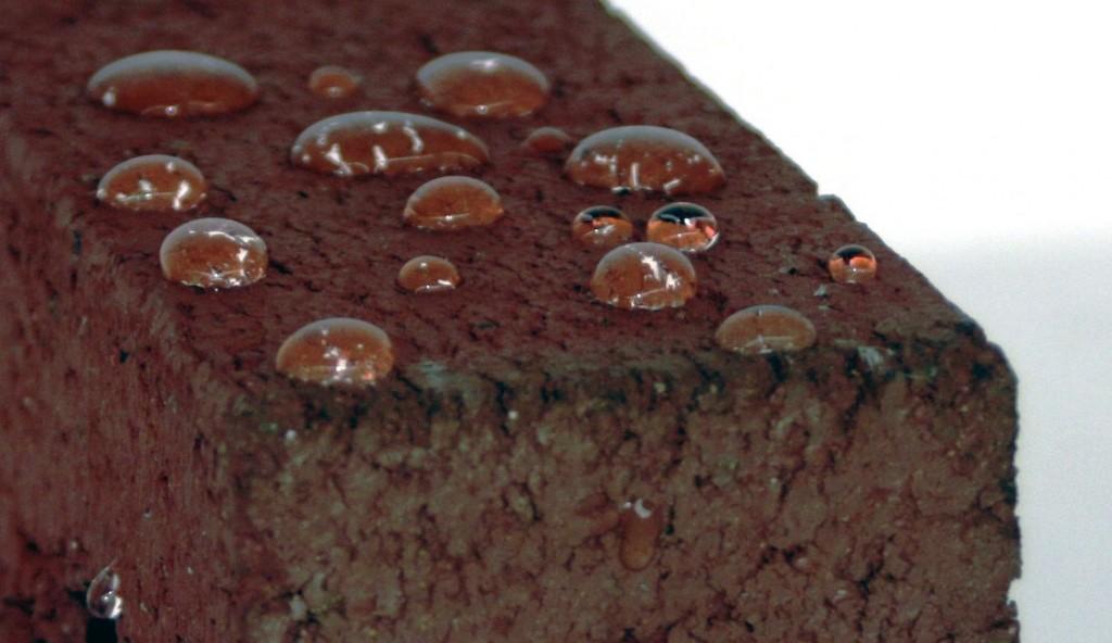 Brick beading water